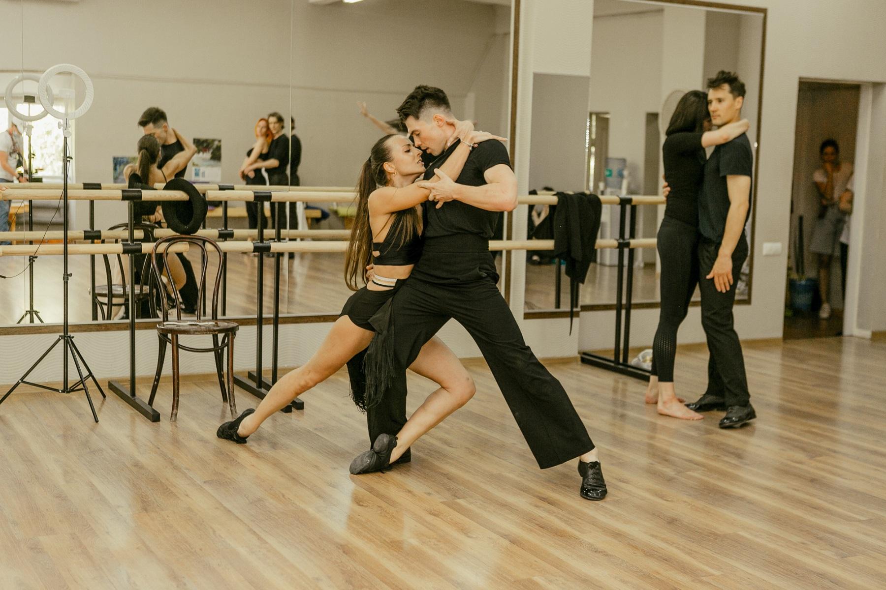 Танці з зірками: спливли перші несподівані подробиці про 5 сезон шоу
