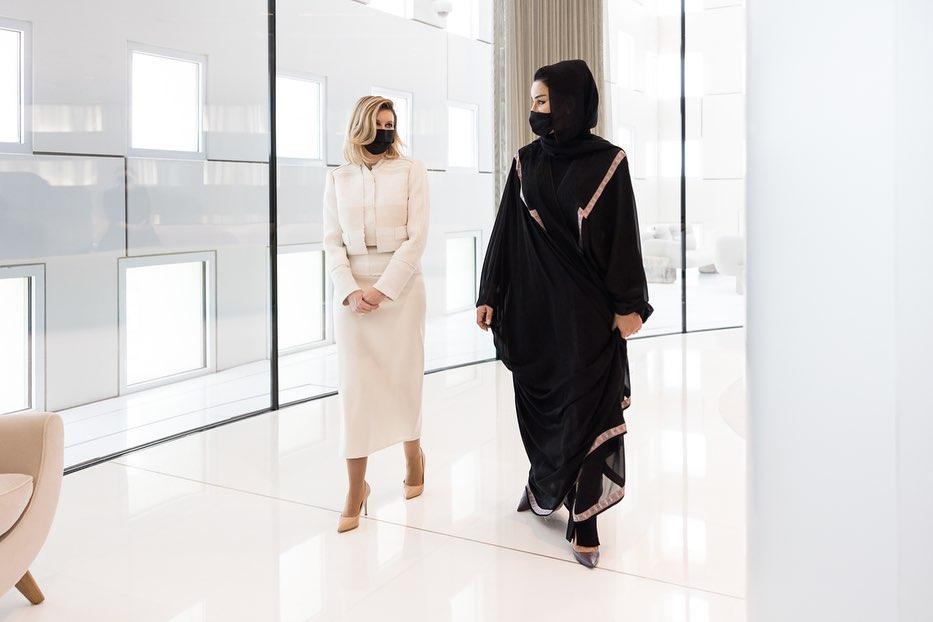 Зеленська в Катарі виділилася вишуканим вбранням: нові фото першої леді