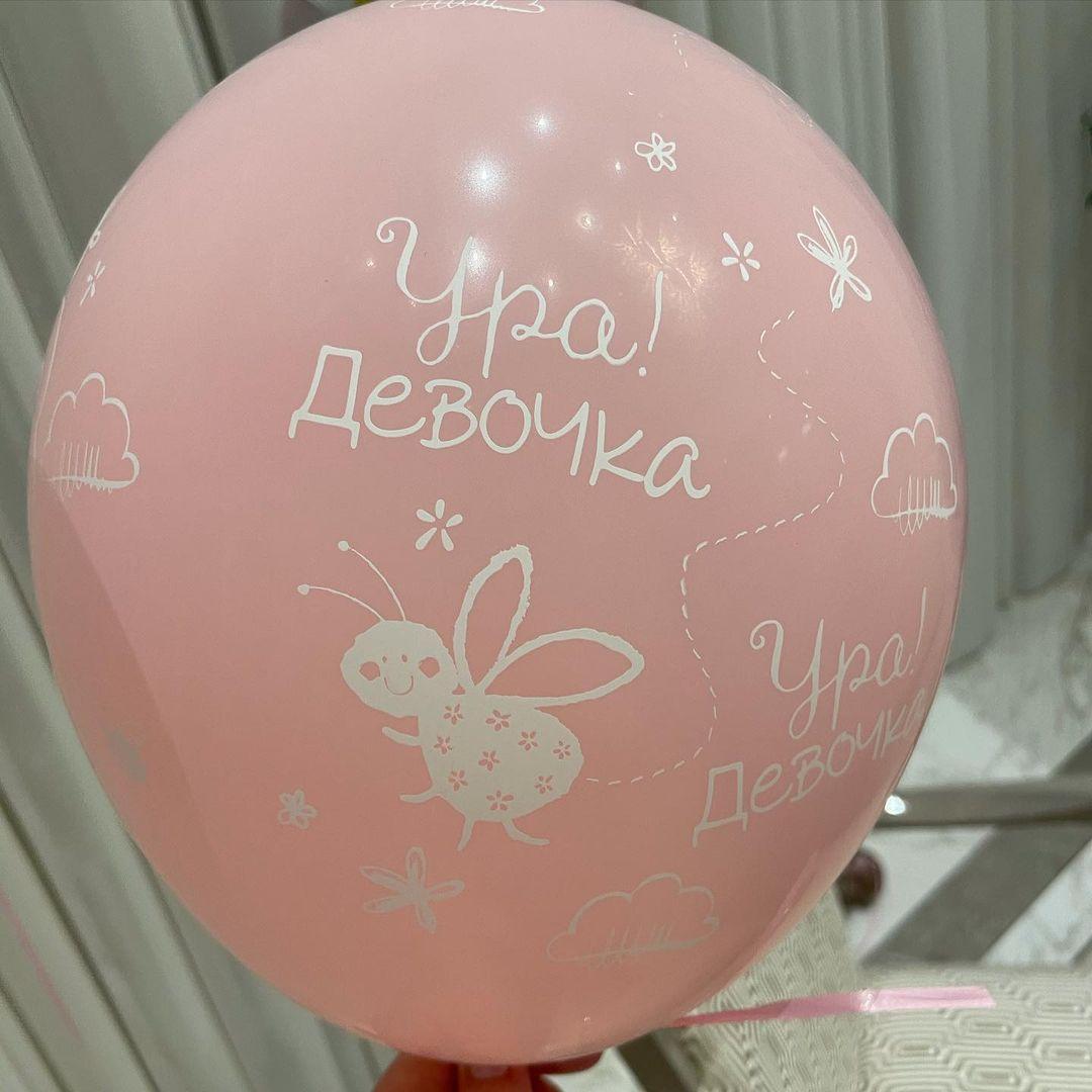 Альбіна Джанабаєва показала перше фото з новонародженою донькою