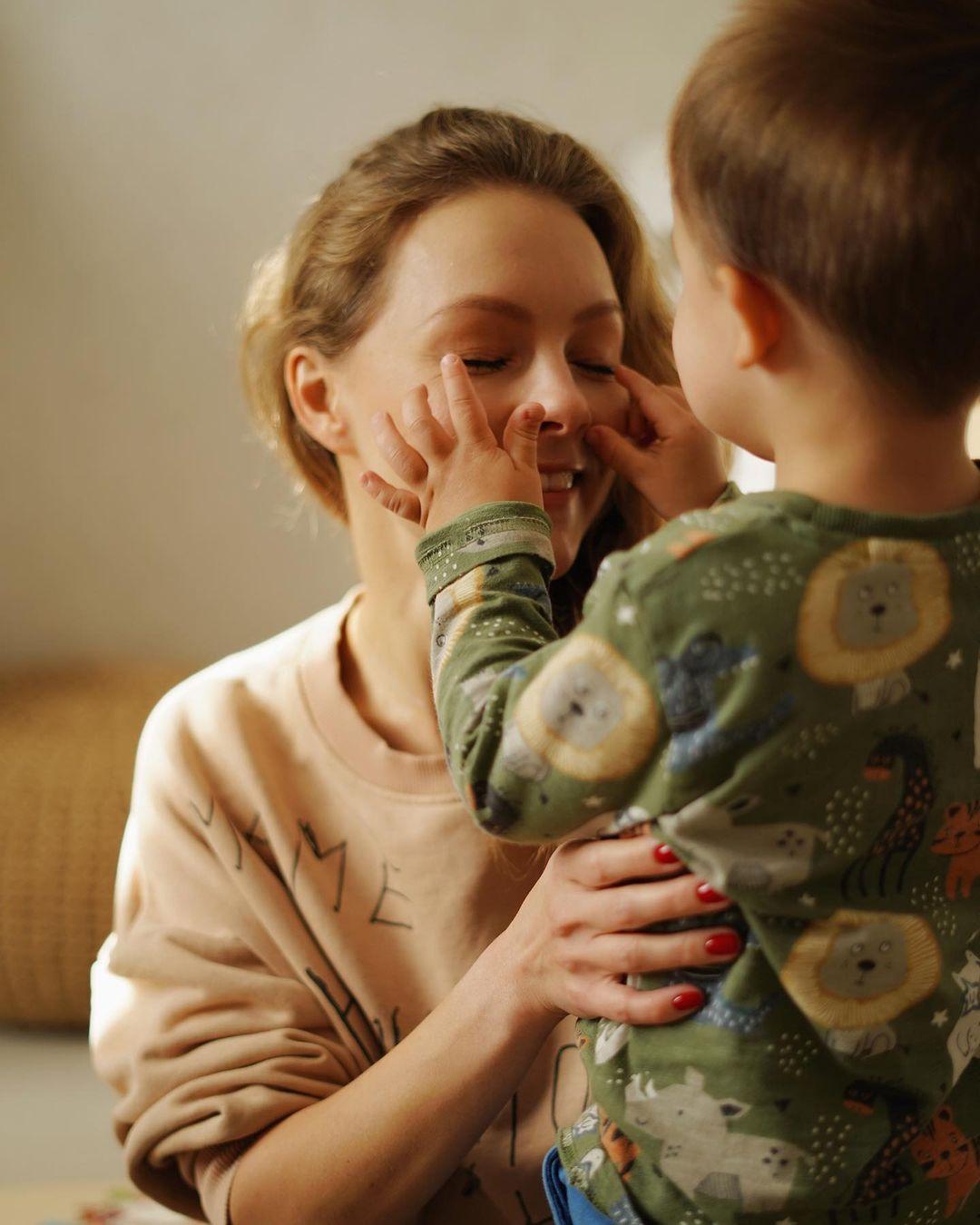 Алена Шоптенко показала подросшего сыночка и рассмешила сеть историей о нем