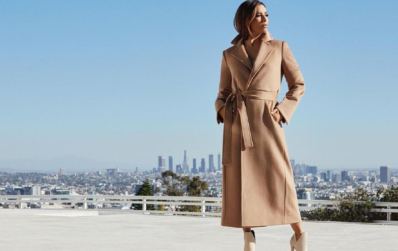 45-летняя Ева Лонгория в модном осеннем образе восхитилась стройной фигурой и бесконечными ногами