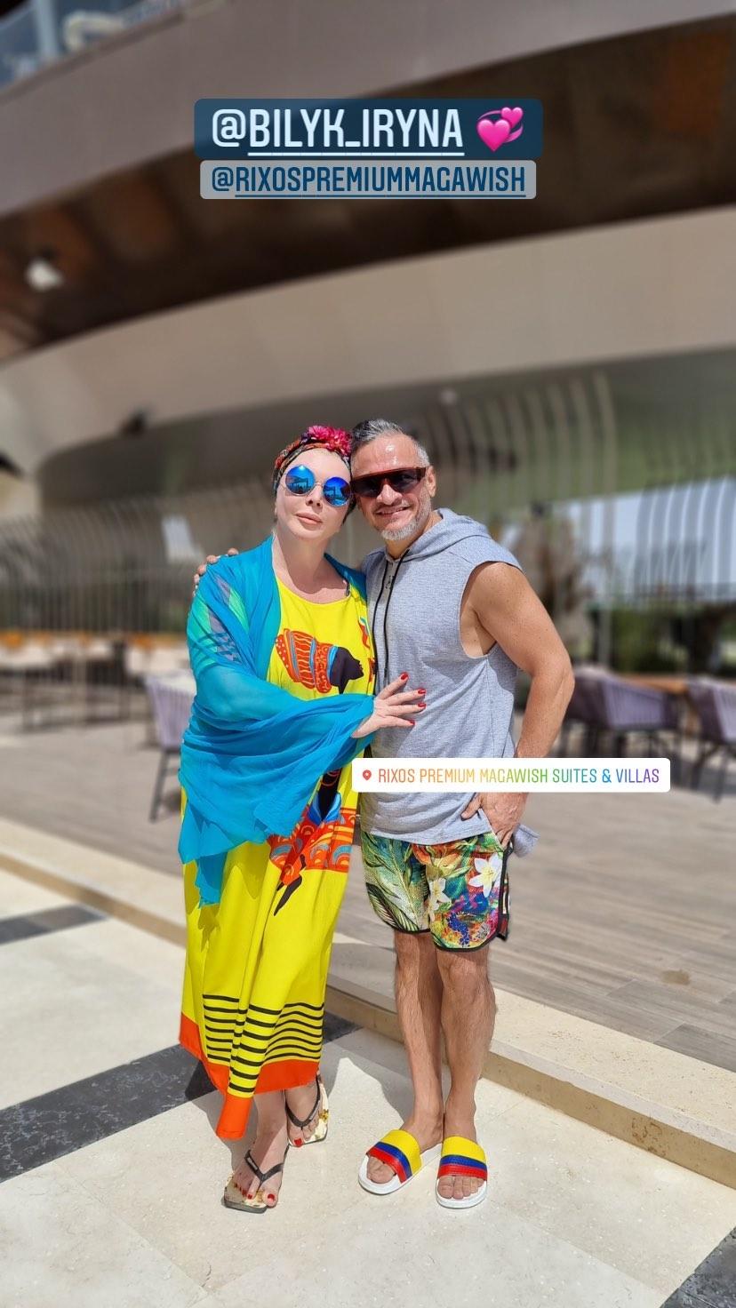 Ірина Білик без макіяжу вразила зовнішнім виглядом на відомому курорті: не впізнати