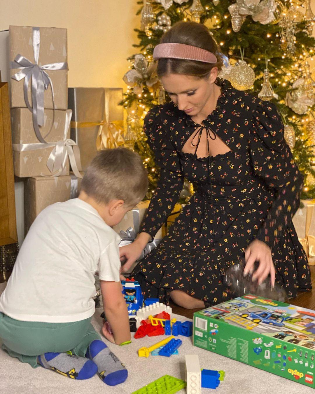 Катя Осадчая похвасталась подарком для сына: в детстве его не было