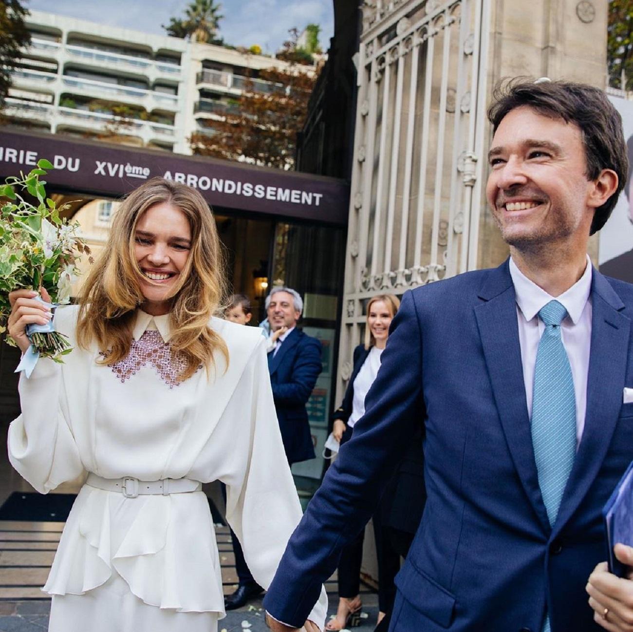 Антуан выносит мусор: Наталья Водянова шокировала поклонников подробностями семейной жизни с миллиардером