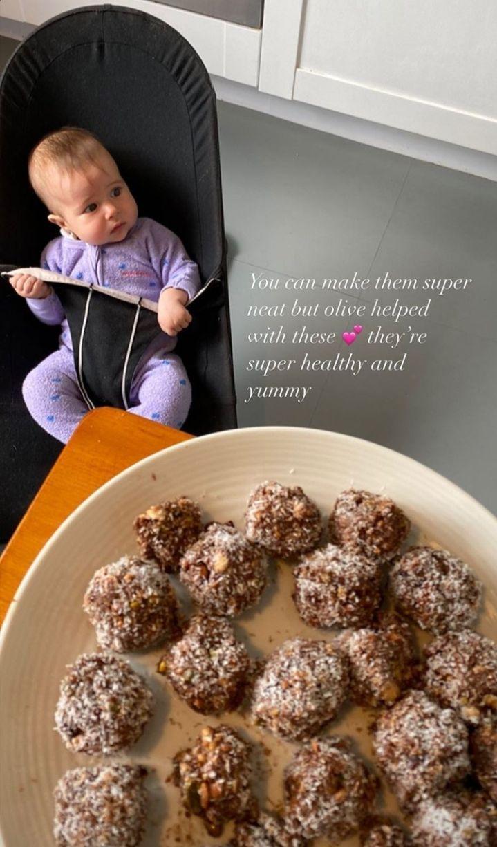 Само очарование: в сети появились первые фото младшего ребенка Джуда Лоу
