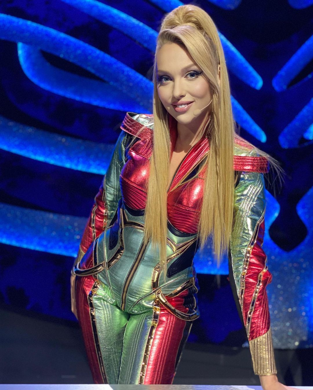 Оля Полякова предстала на публике в дерзком образе: 20-летняя девочка!
