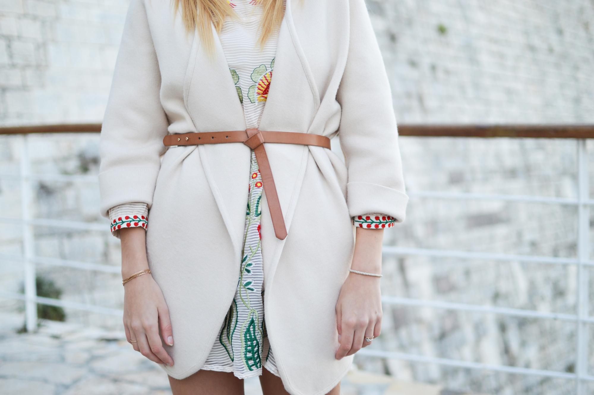 Модні тенденції: 4 варіанти, з чим носити кардиган