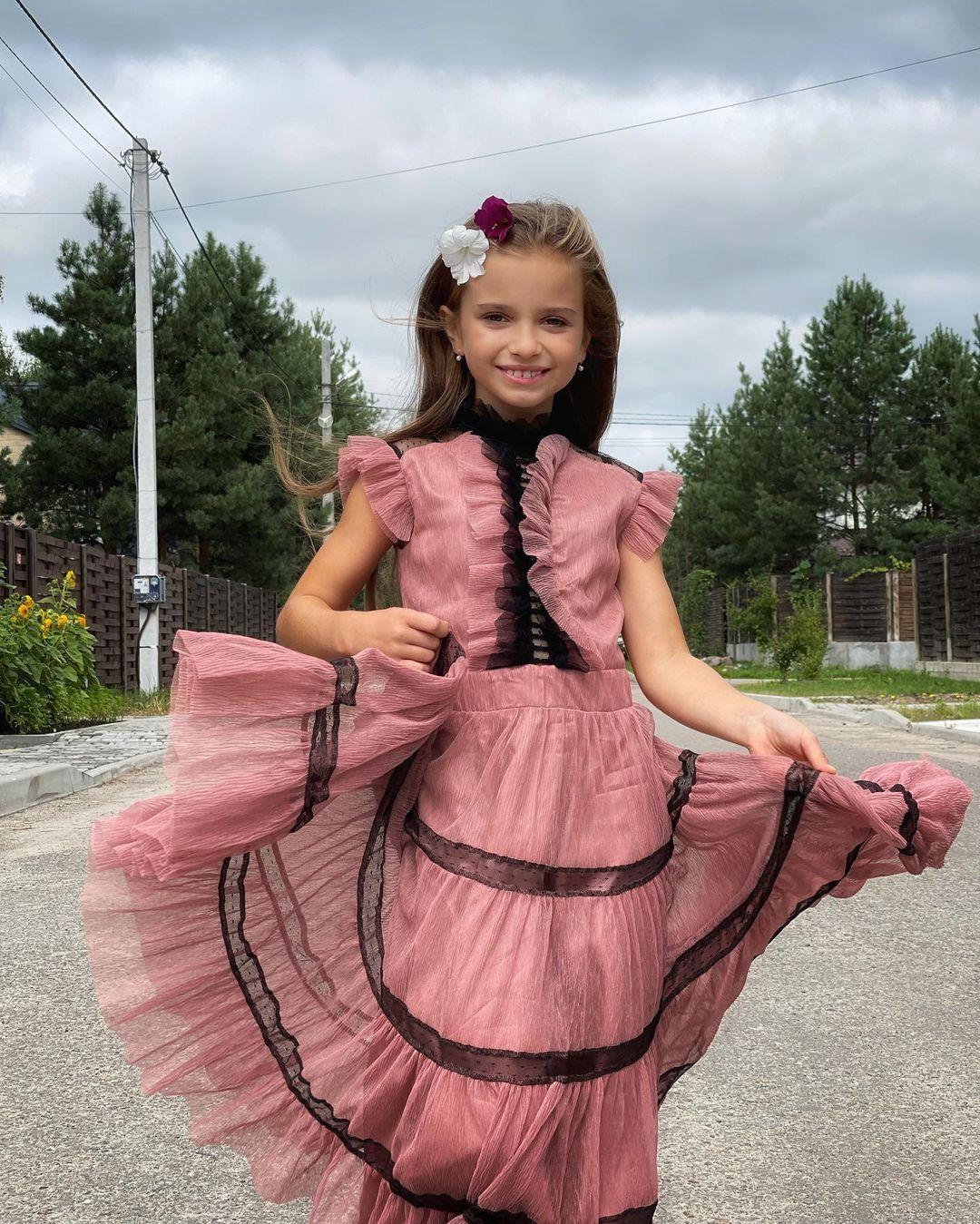 Копия мамы: Лилия Ребрик показала подросшую красавицу-дочь в день ее рождения